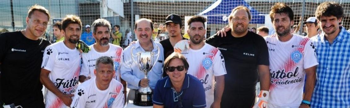 Fútbol Solidario y Sin Violencia, a beneficio del Hospital de Niños